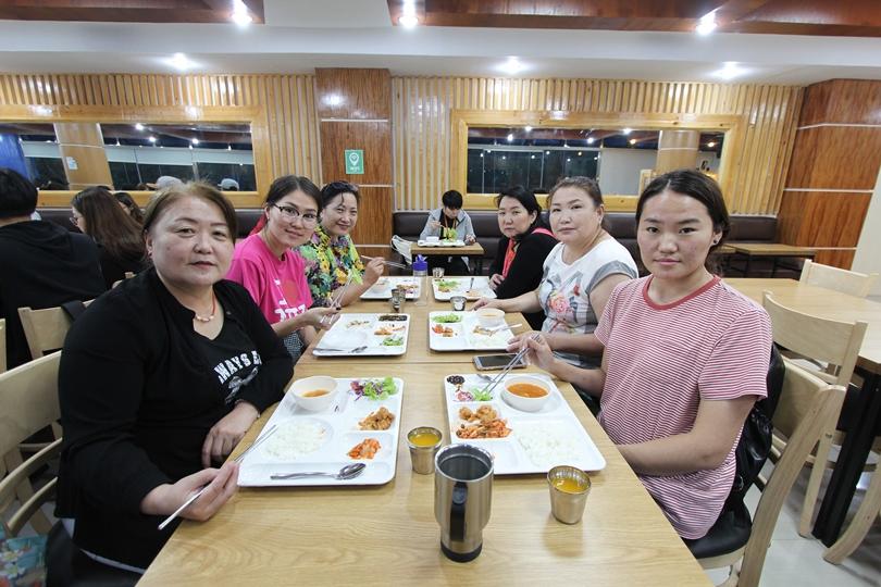 Cafeteria 004