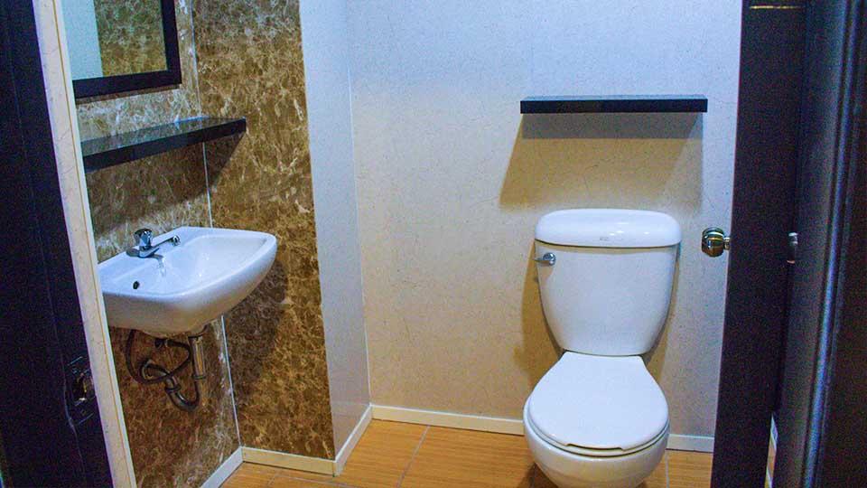 Toilet&Bath Chapis