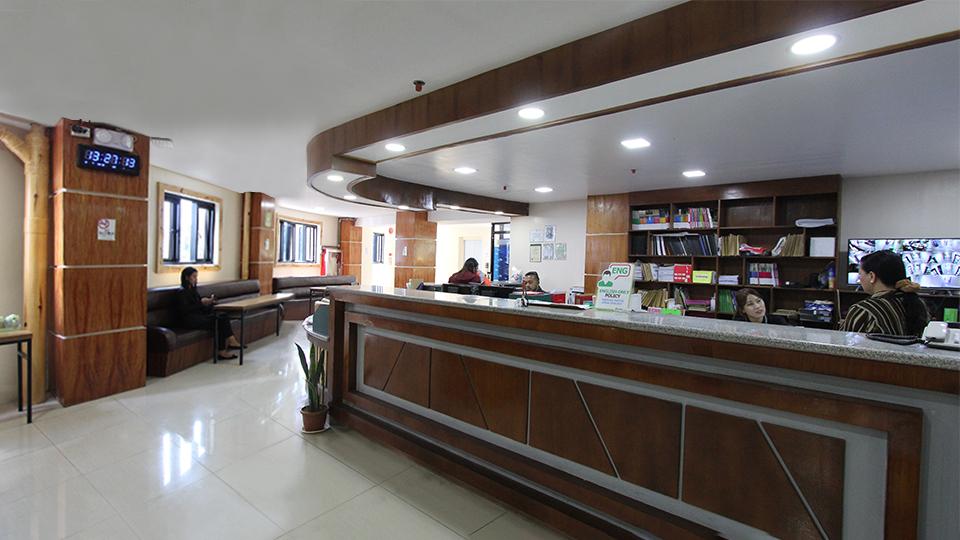 Information Desk 4