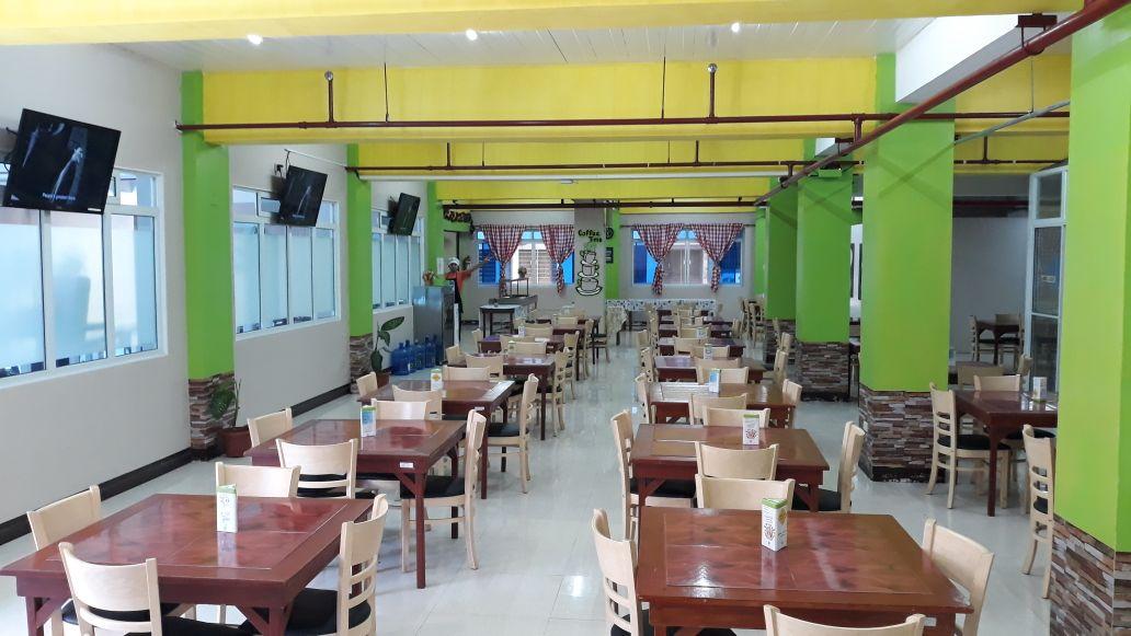 Chapis Cafeteria 1
