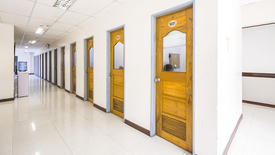Chapis Hallway