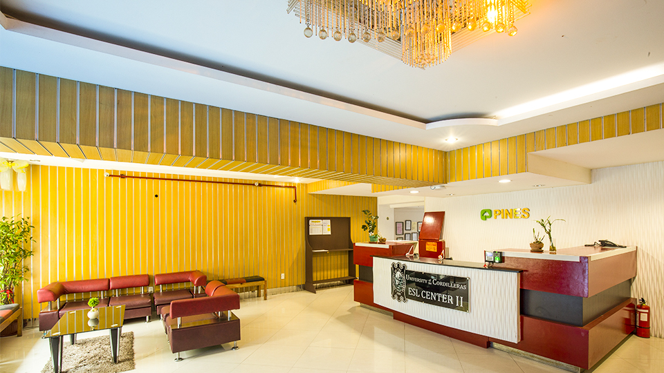 Front Desk/ Lounge Area Chapis